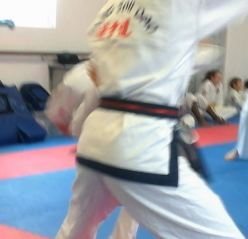 12 OCT 2014 DAN HE DID NOT EXPECT 2ND KICK WELL DONE